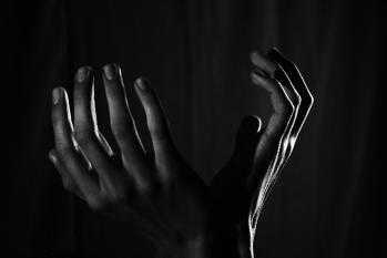 La symbolique des mains et ses maladies